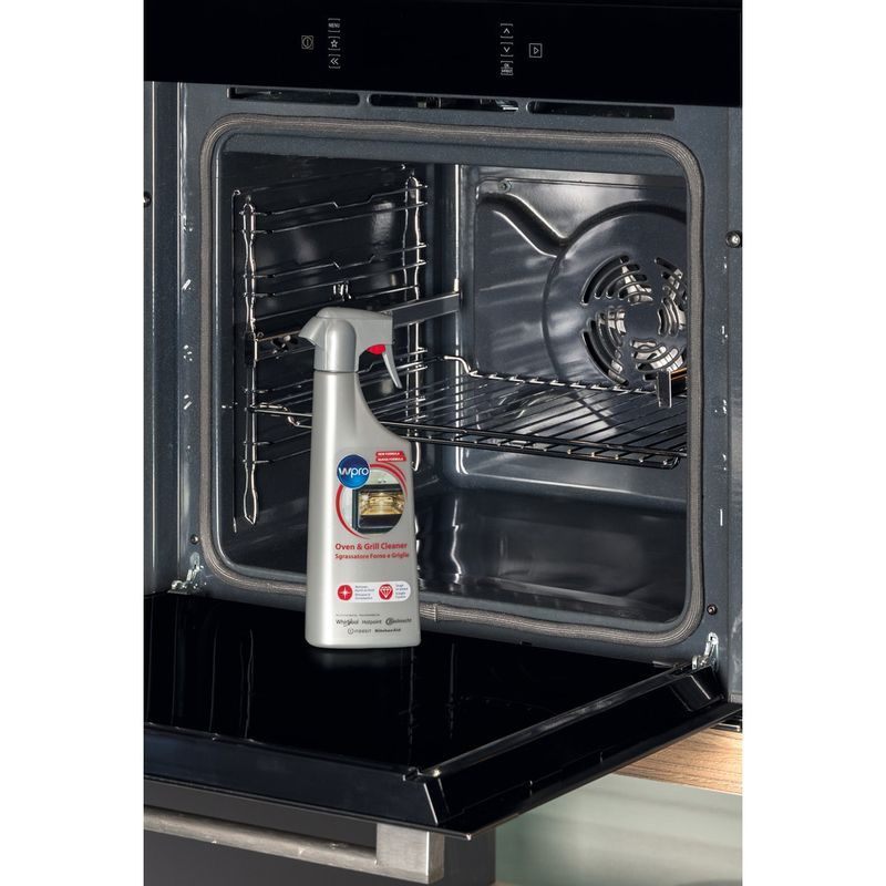Whirlpool-OVEN-ODS413-2-Lifestyle-detail