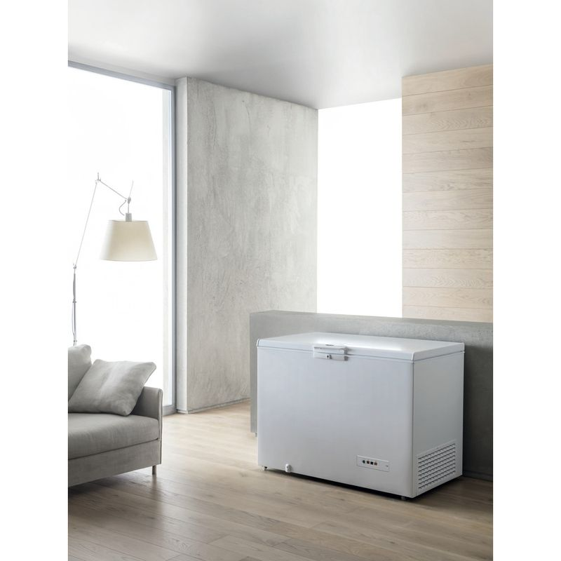 Whirlpool-Congelateur-Pose-libre-WHM31112-Blanc-Lifestyle-perspective