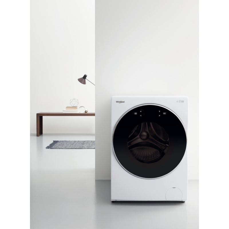 Whirlpool-Lave-linge-Pose-libre-FRR12451-Blanc-Lave-linge-frontal-A----Lifestyle-frontal
