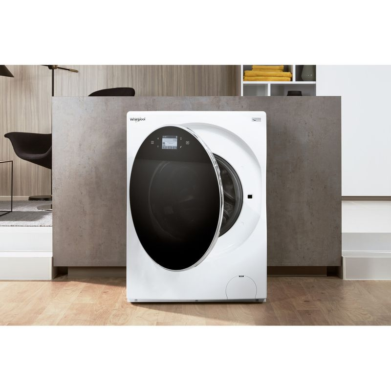 Whirlpool-Lave-linge-Pose-libre-FRR12451-Blanc-Lave-linge-frontal-A----Lifestyle-frontal-open
