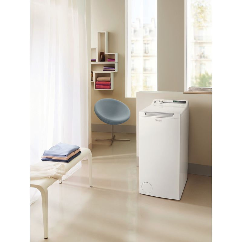 Whirlpool-Lave-linge-Pose-libre-TDLR-70220-Blanc-Lave-linge-top-A----Lifestyle-perspective
