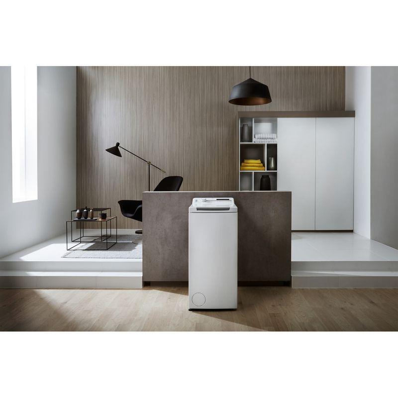 Whirlpool-Lave-linge-Pose-libre-TDLR-65210-Blanc-Lave-linge-top-A----Lifestyle-frontal