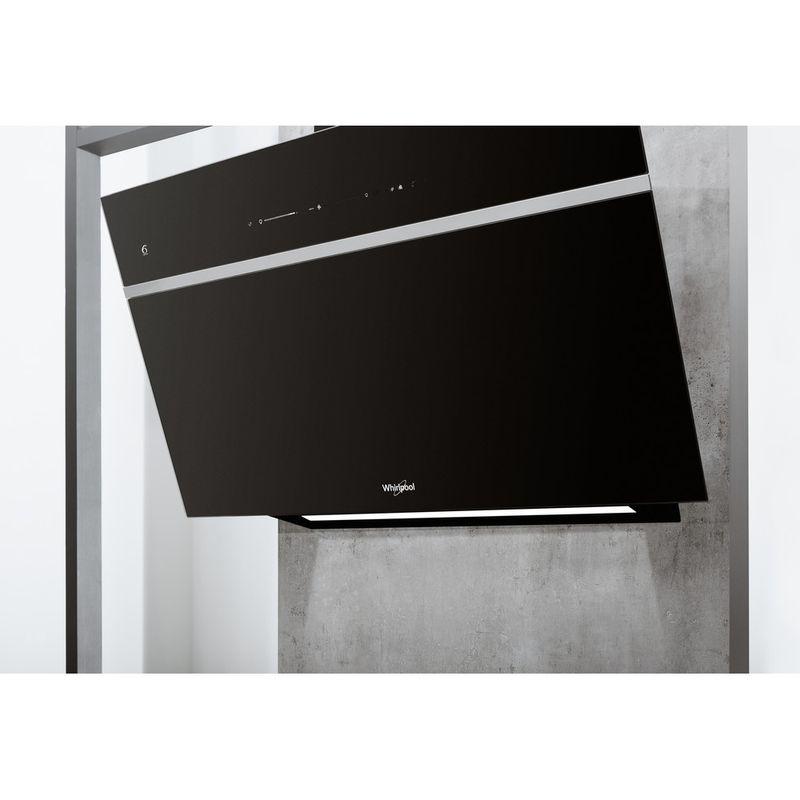 Whirlpool-Hotte-Encastrable-WHVS-90F-LT-C-K-Noir-Mural-Electronique-Lifestyle-perspective