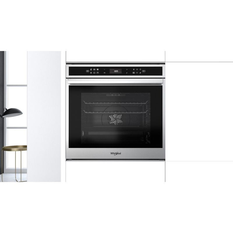 Whirlpool-Four-Encastrable-W6-OM4-4PBS1-P-Electrique-A--Lifestyle-frontal