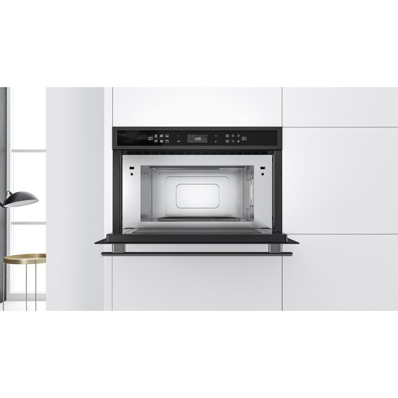 Whirlpool-Four-micro-ondes-Encastrable-W6-MD440-BSS-Acier-noir-Electronique-31-Micro-ondes---gril-1000-Lifestyle-frontal-open