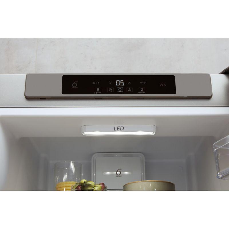Whirlpool-Combine-refrigerateur-congelateur-Pose-libre-W5-821C-OX-Optic-Inox-2-portes-Lifestyle-control-panel