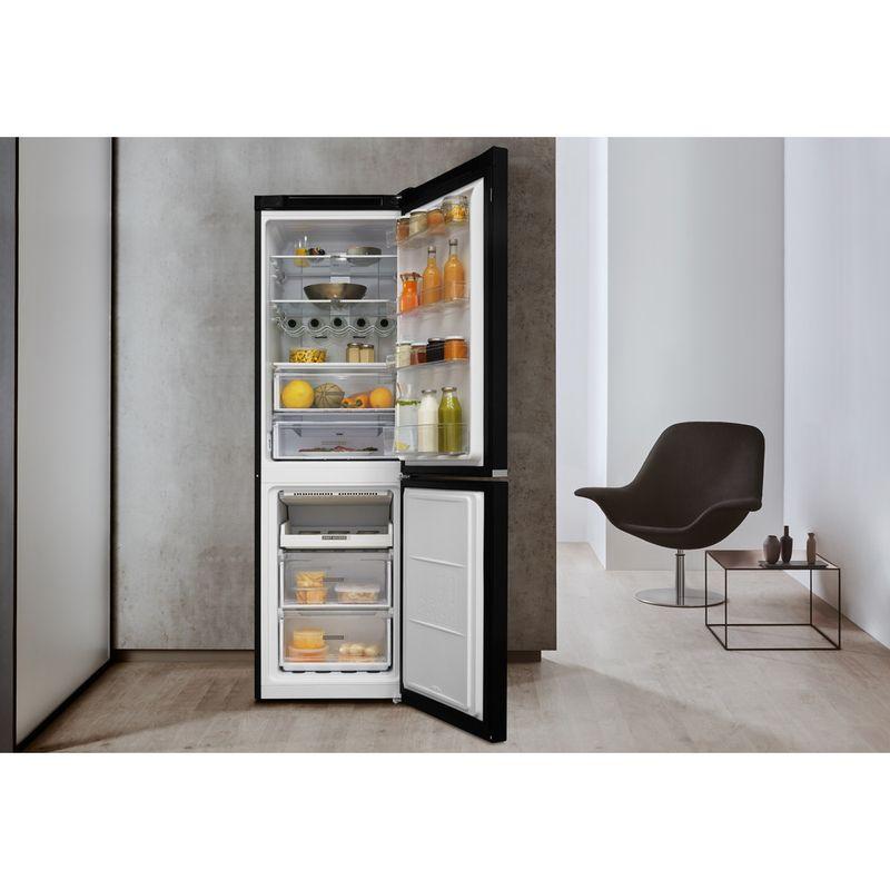 Whirlpool-Combine-refrigerateur-congelateur-Pose-libre-W7-821O-K-Noir-2-portes-Lifestyle-frontal-open