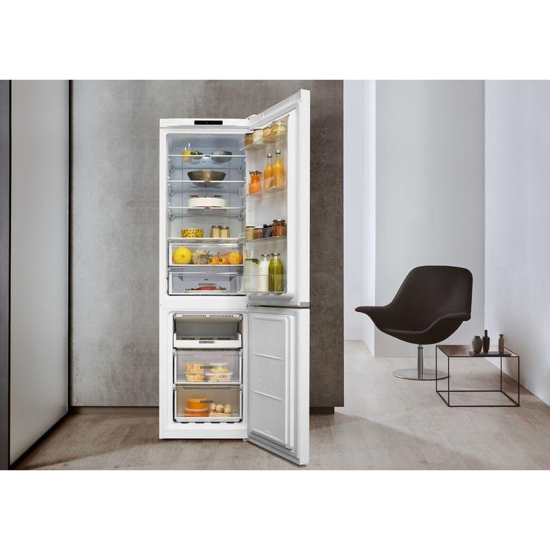 Whirlpool-Combine-refrigerateur-congelateur-Pose-libre-W7-911I-W-Blanc-2-portes-Lifestyle-frontal-open