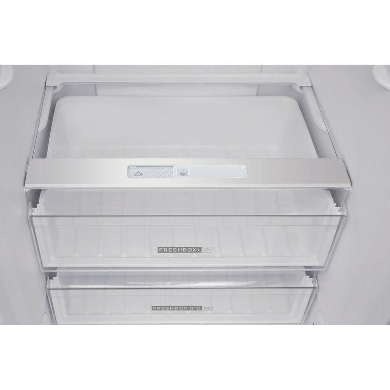 Whirlpool-Combine-refrigerateur-congelateur-Pose-libre-W7-921I-OX-AQUA-Optic-Inox-2-portes-Lifestyle-detail