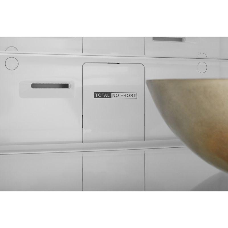 Whirlpool-Combine-refrigerateur-congelateur-Pose-libre-W7-921I-OX-Optic-Inox-2-portes-Lifestyle-detail