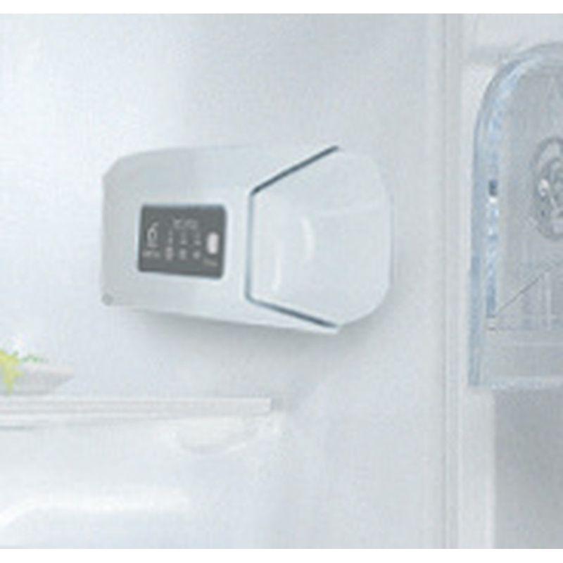 Whirlpool-Refrigerateur-Encastrable-ARG-180701-Blanc-Control-panel