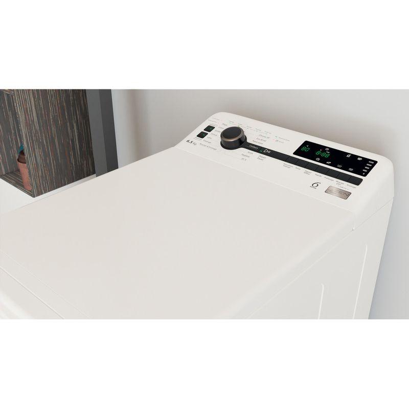 Whirlpool-Lave-linge-Pose-libre-TDLRB-65242BS-FR-N-Blanc-Lave-linge-top-C-Lifestyle-perspective