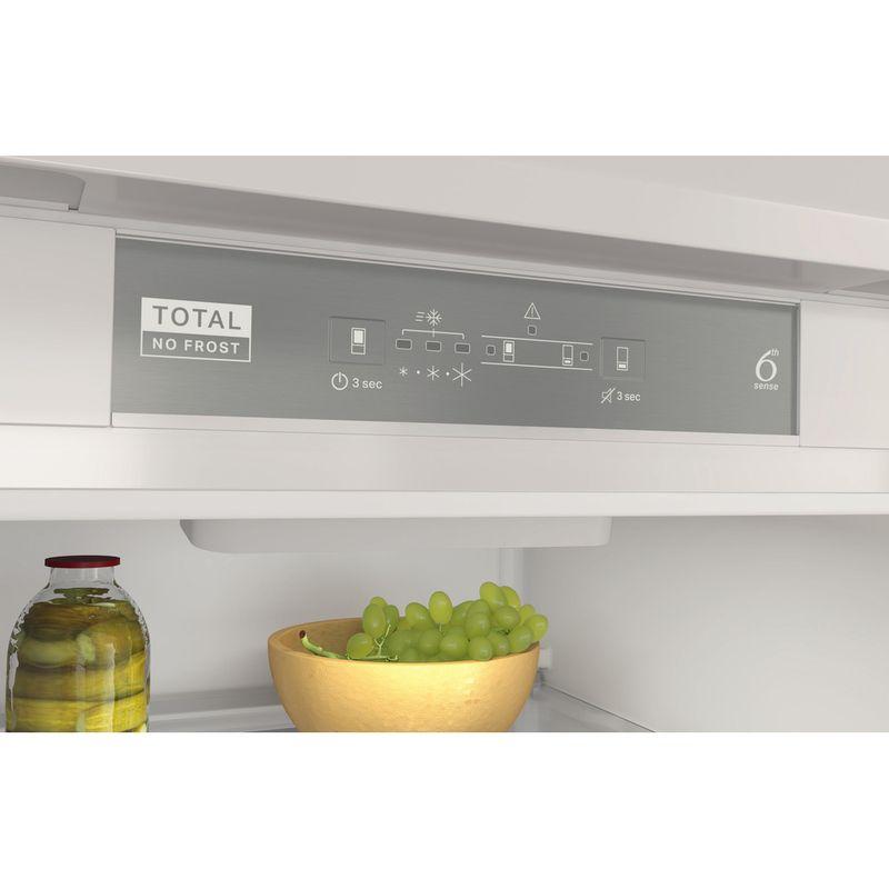 Whirlpool-Combine-refrigerateur-congelateur-Encastrable-WHC18-T323-P-Blanc-2-portes-Control-panel