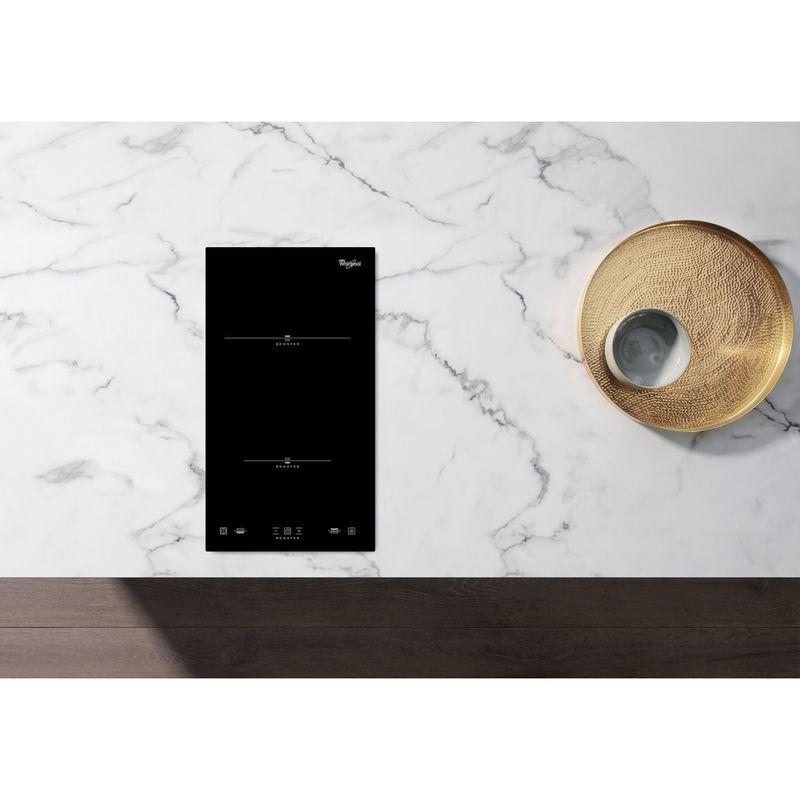 Whirlpool-Table-de-cuisson-ACM-712-IX-Noir-Induction-vitroceramic-Lifestyle-frontal