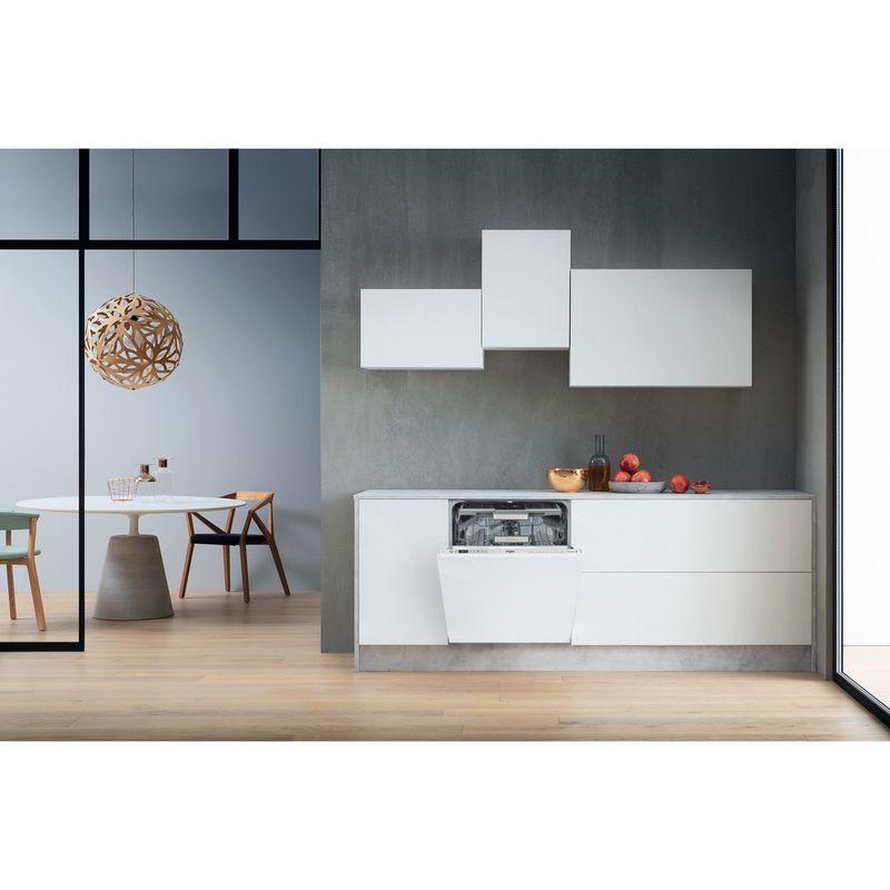 Whirlpool-Lave-vaisselle-Encastrable-WKCIO-3T123-PEF-Tout-integrable-A---Lifestyle-frontal