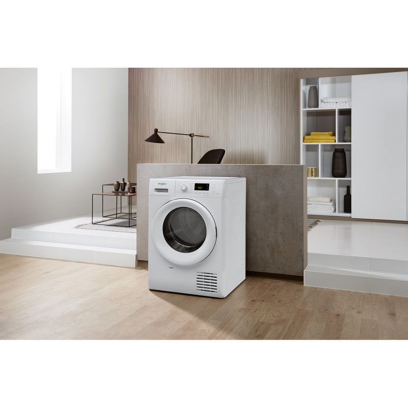 Whirlpool-Seche-linge-FT-M11-82-FR-Blanc-Lifestyle-perspective