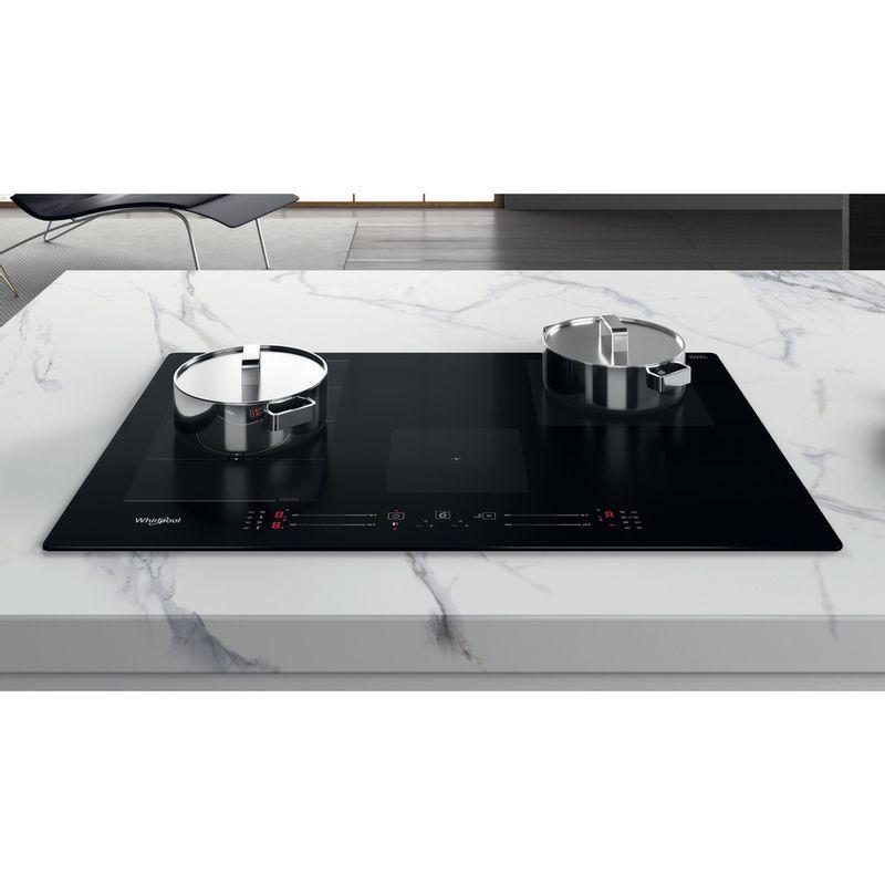 Whirlpool-Table-de-cuisson-WF-S3977-NE-Noir-Induction-vitroceramic-Lifestyle-frontal-top-down
