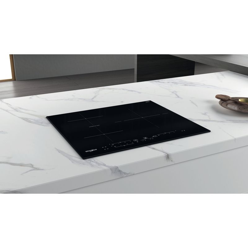 Whirlpool-Table-de-cuisson-WB-B3760-BF-Noir-Induction-vitroceramic-Lifestyle-perspective