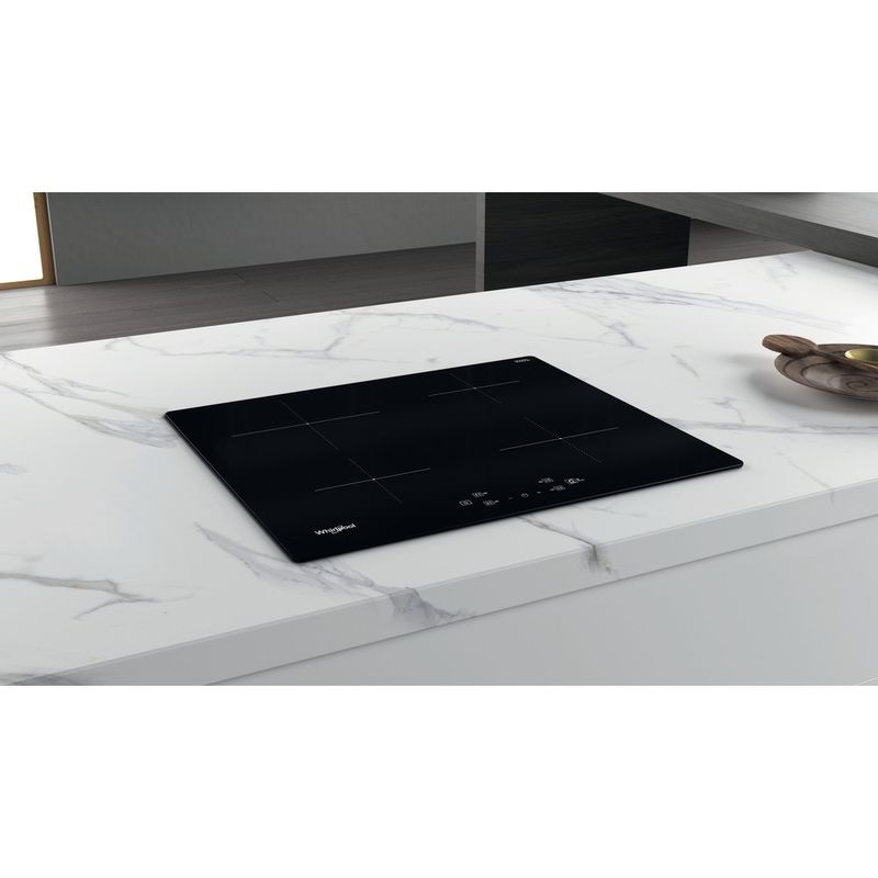 Whirlpool-Table-de-cuisson-WS-Q2160-NE-Noir-Induction-vitroceramic-Lifestyle-perspective