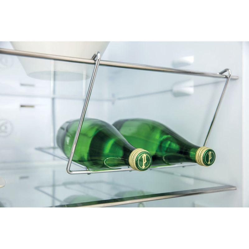 Whirlpool-Combine-refrigerateur-congelateur-Pose-libre-BTNF-5012-OX-AQUA2-Inox-2-portes-Lifestyle-detail