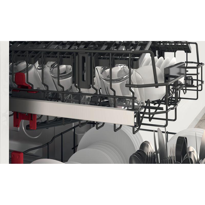 Whirlpool-Lave-vaisselle-Pose-libre-WFC-3C26-P-X-Pose-libre-E-Lifestyle-detail