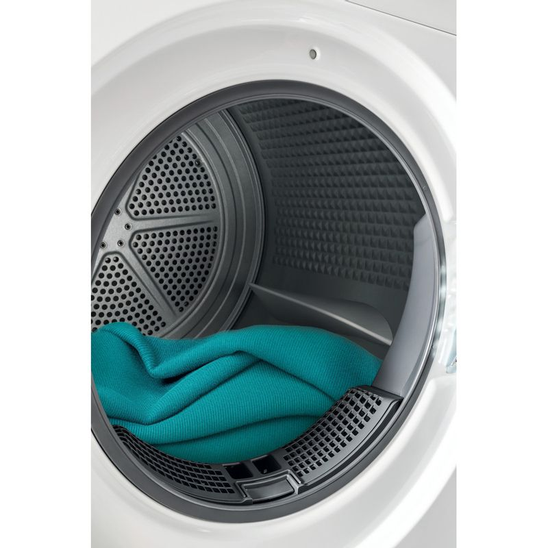 Whirlpool-Seche-linge-FFT-SM11-82B-FR-Blanc-Lifestyle-detail