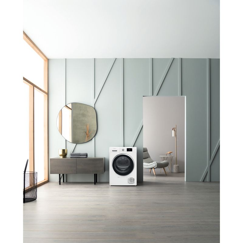 Whirlpool-Seche-linge-FFT-M22-9X3BX-FR-Blanc-Lifestyle-frontal