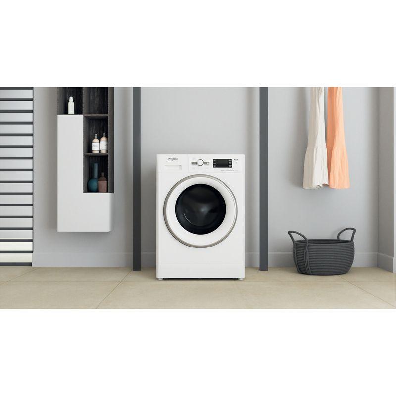 Whirlpool-Lavante-sechante-Pose-libre-FWDG961483WSVFR-N-Blanc-Lave-linge-frontal-Lifestyle-frontal