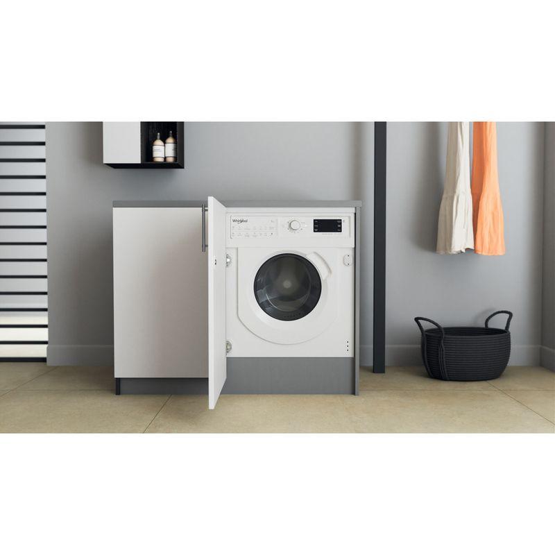 Whirlpool-Lavante-sechante-Encastrable-BI-WDWG-751482-EU-N-Blanc-Lave-linge-frontal-Lifestyle-frontal