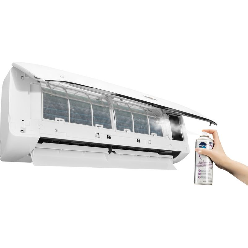 Whirlpool-AIR-CONDITIONERS-ACD100-Lifestyle-people